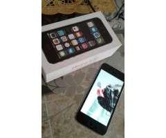 iPhone Gris con negro 5s