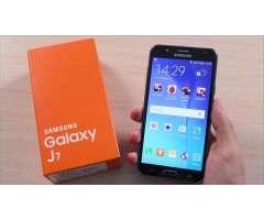 Vendo Samsung Galaxy J7