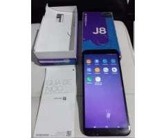 Vendo Samsung J8 Leve Fisurita