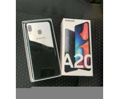 Samsung Galaxy A20 con Apenas 15 Dias