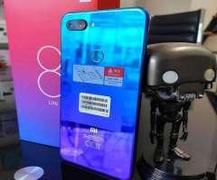 Xiaomi Mi 8 Lite 64GB Nuevos Sellados