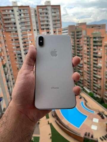 Iphone XS MAX Como Nuevo, con Factura y Caja Original