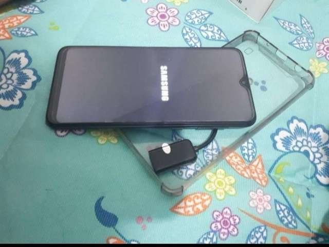 Vendo Samsung a 10 vendo Samsung A10