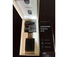 Samsung A70 de 128gb. Nuevo