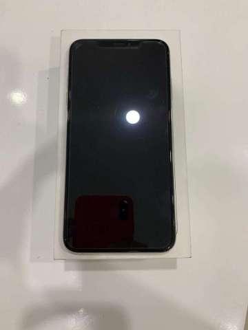 Hermoso iPhone Xs Max de 64 Gb con Caja