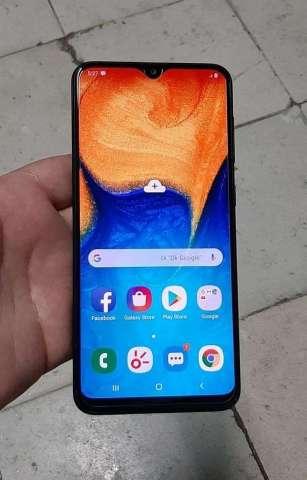 Samsung Galaxy A20 en Buen Estado