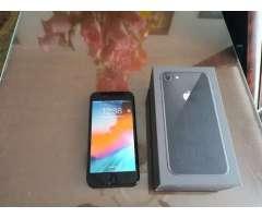 Iphone 8 de 64gb caja y accesorios